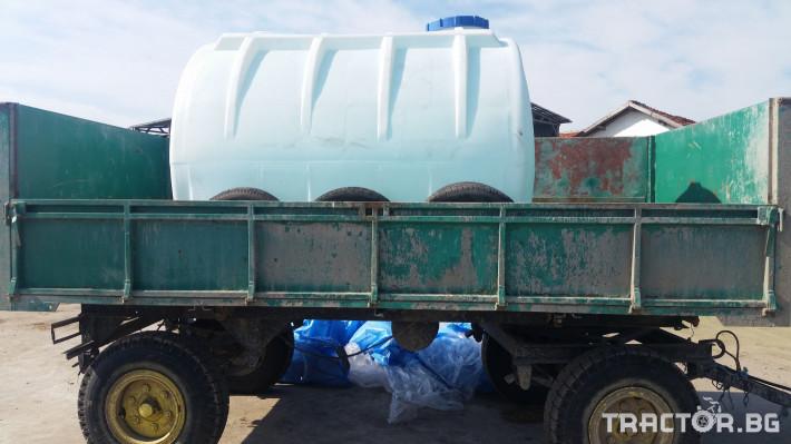 Ремаркета и цистерни Пластмасова цистерна 5000 литра 0 - Трактор БГ